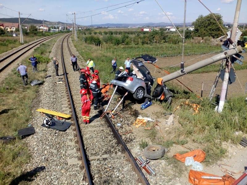accident tren masina
