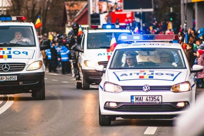 politisti parada
