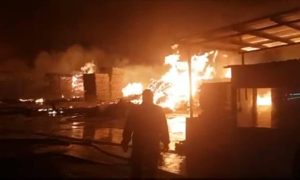 potrivire clasică site autorizat de vanzare Incendiu violent la o fabrică de saltele din Prahova - Romania24.ro